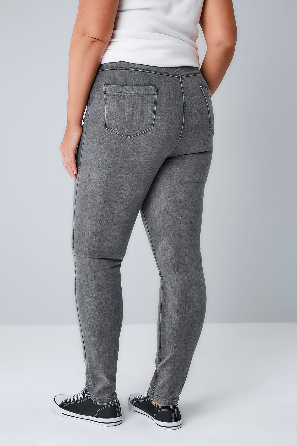 "Most Fashion Nova jeans & dresses have great stretch, please refer to product description for fabric details. Most Fashion Nova bottoms have an inseam of "" depending on the cut and style. Sizing may vary depending on cut and style."