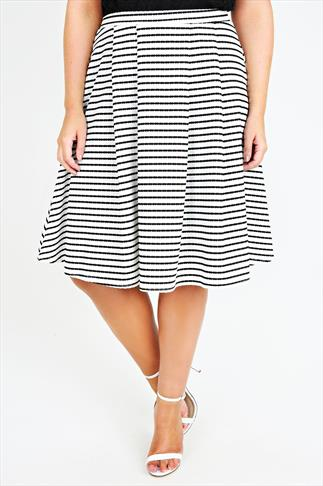 Ivory & Black Textured Stripe Pleat Skirt