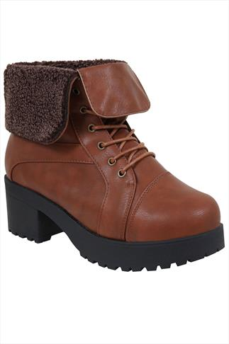 Wide Fit Ankle Boots Brown Lace Ankle Boot With Cleated Heel In EEE Fit 053773