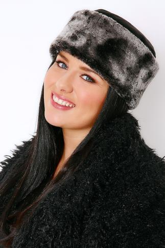Black Fleece Hat With Faux Fur Trim