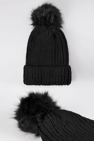 Hats Black Knitted Hat With Pom-Pom 152324