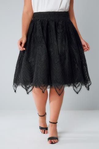 Midi Skirts CHI CHI Black Lace & Mesh Midi Skater Skirt With Eyelash Hem 138350