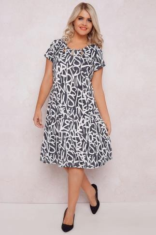 Mi longues PAPRIKA Grey & White Letter Print Dress With Cut Out Neck Detail 138718