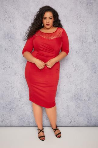 SCARLETT & JO Red Bodycon Dress With Sweet Heart Neckline