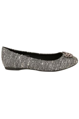 Silver Textured Ballerina Pumps With Jewel Detail In E Fit 102453