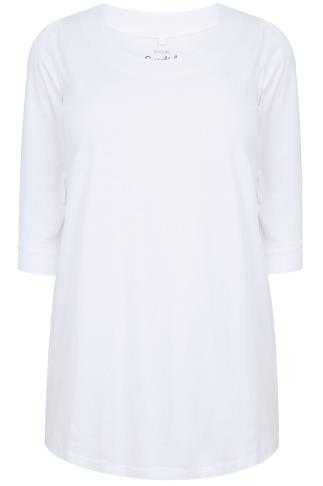 White Band Scoop Neckline T-Shirt With 3/4 Sleeves