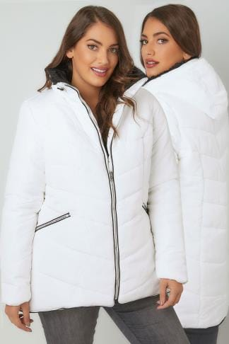 Puffer & Quilted Jackets White Short Quilted Puffer Jacket With Foldaway Hood 120019