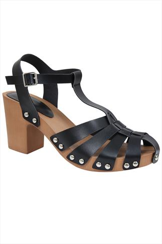 Black Strap Block Heel Sandal With Wooden Effect Sole In E Fit 057227