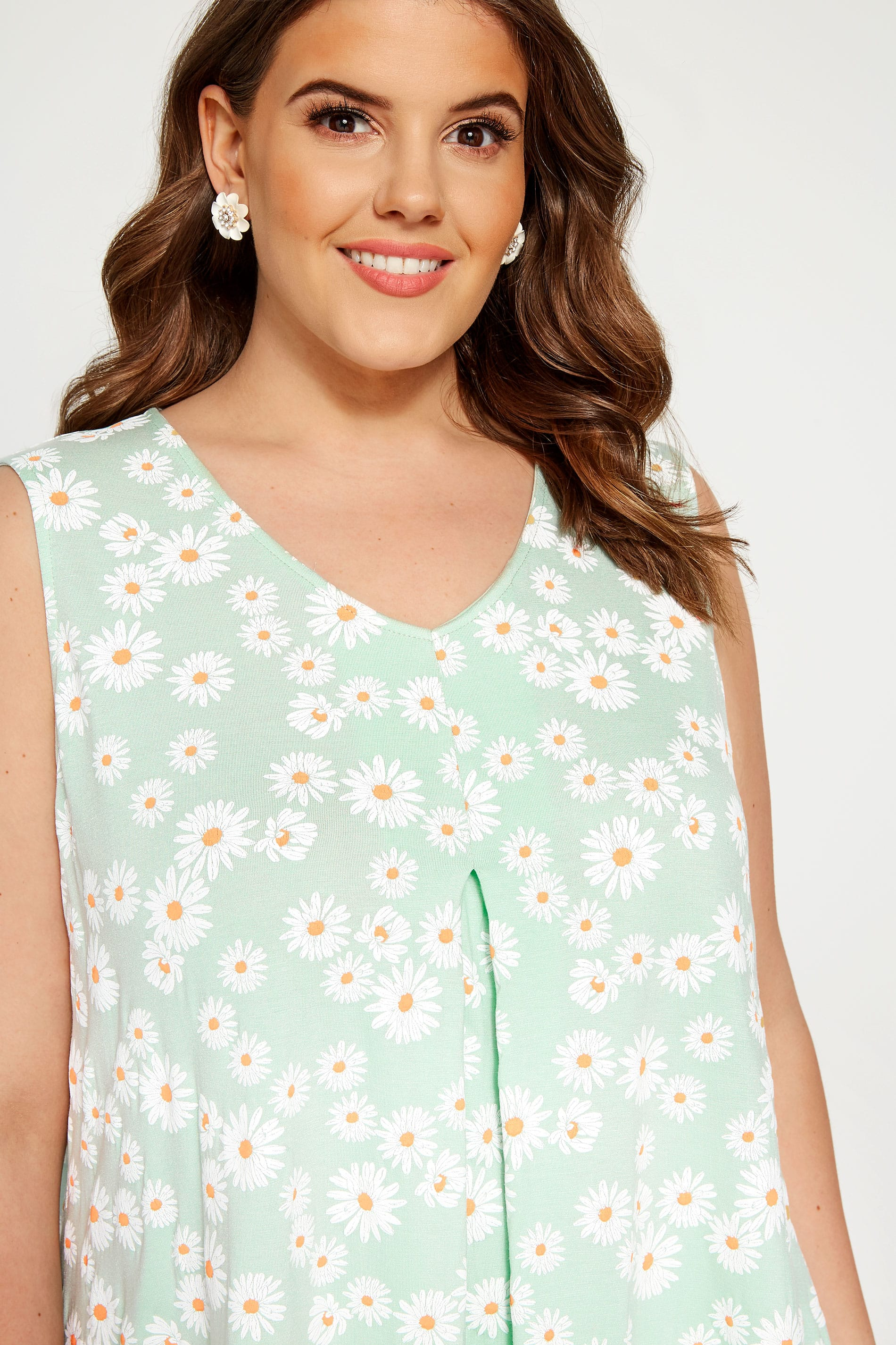 2d50fa98a LIMITED COLLECTION Mint Green Daisy Swing Vest Top | Sizes 16 to 36 ...