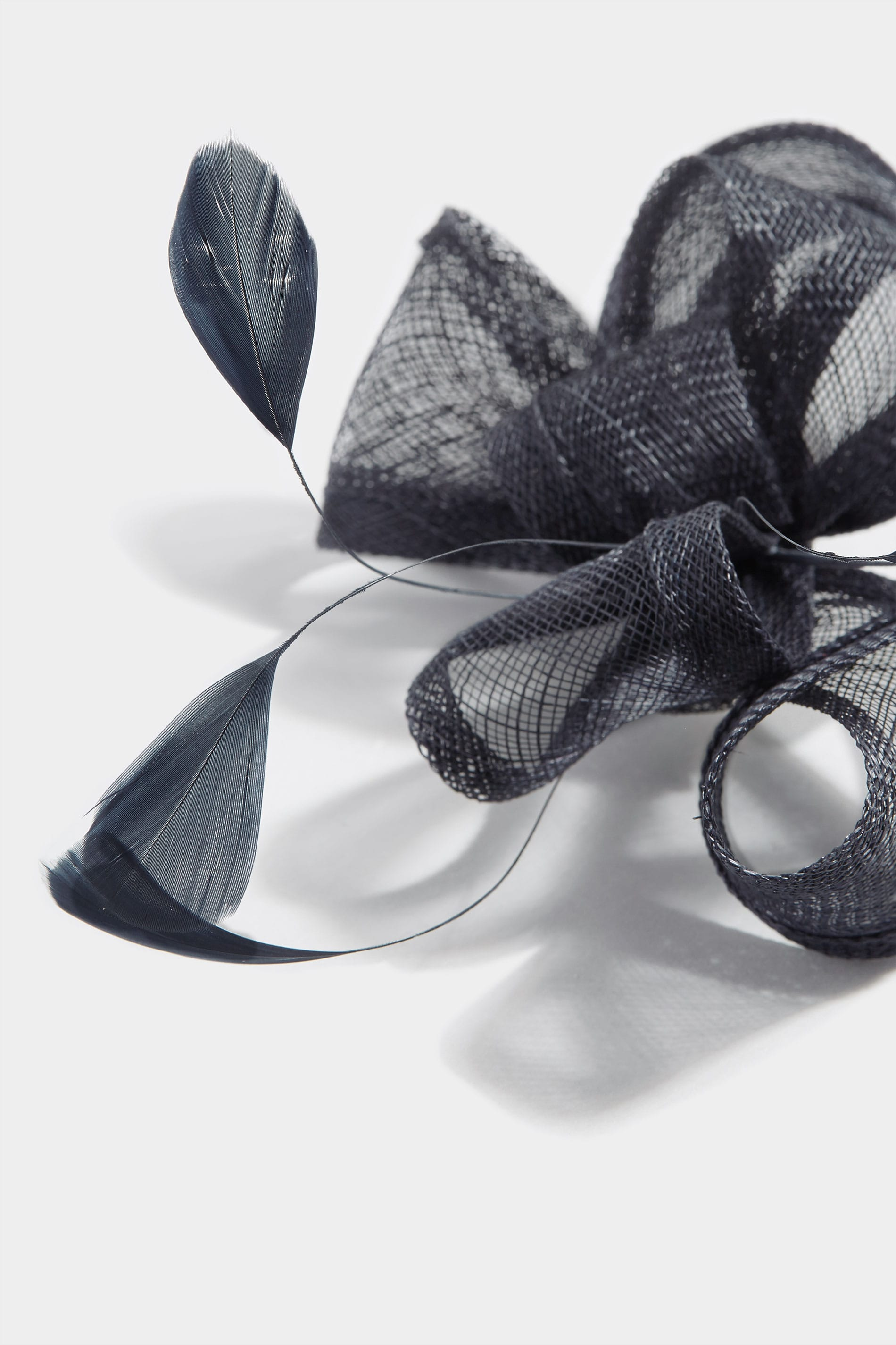 YOURS LONDON Navy Feather Bow Fascinator b0735fadeba