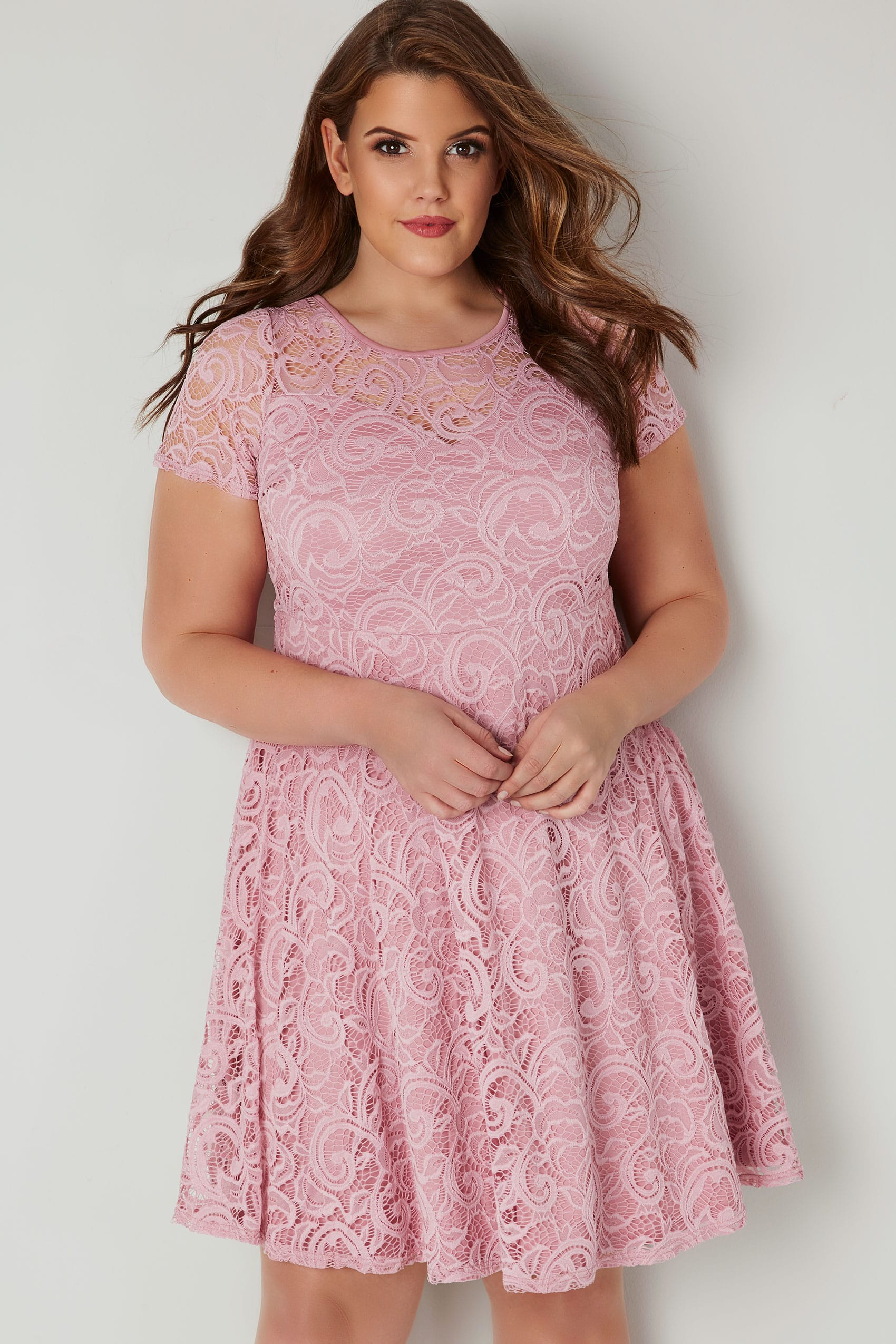 8f06027d9ed5 Pink Lace Skater Dress With Sweetheart Bust