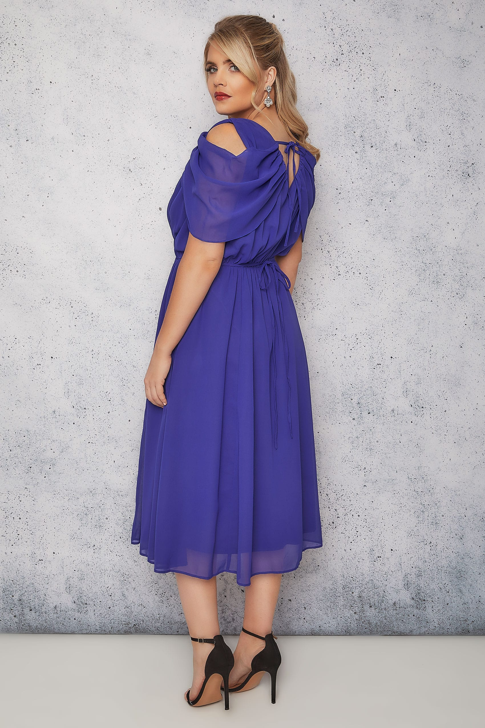 Chiffon midi dress 16