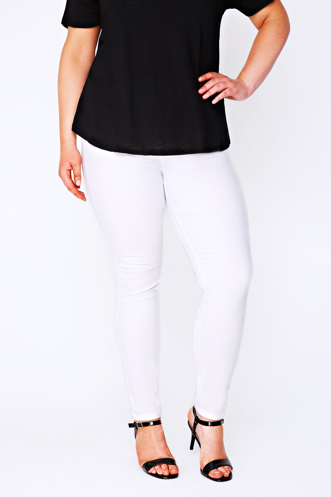 LAstylebook | Bagel clothing - is the leading supplier of wholesale denim jeans in Los Angeles California. We are a clothing wholesalers in Los Angeles and we offer a variety of selection of wholesale Woman Jeans, clothing & Wholesale Apparel. Our lines include wholesale denim jeans, wholesale plus size clothing and plus size jeans specialisedsteels.tks la mejor seleccion de jeans al por mayor.