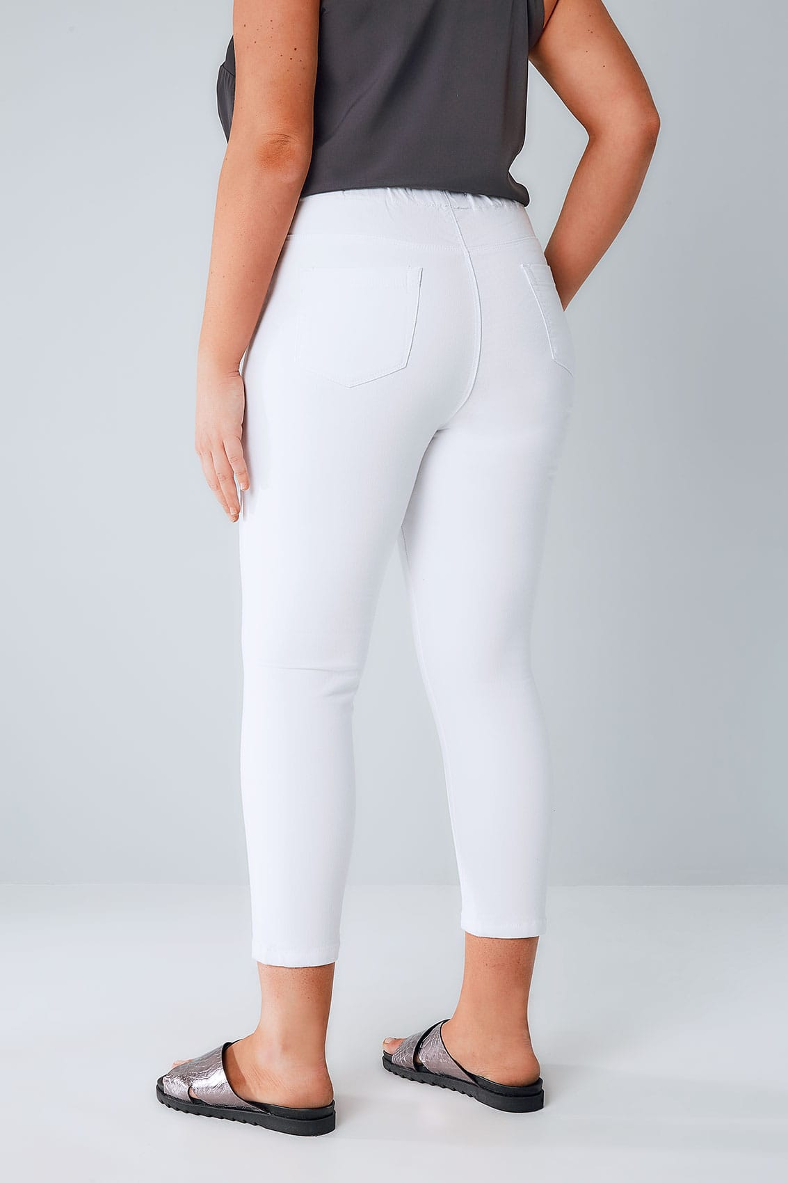 Shop Online Junior Jeans Store Including Junior Jeans and Junior Plus Size Jeans at Affordable Prices. The Latest Trends in Junior Denim Featuring Denim Skirts, Denim Shorts, Denim Jackets & More.