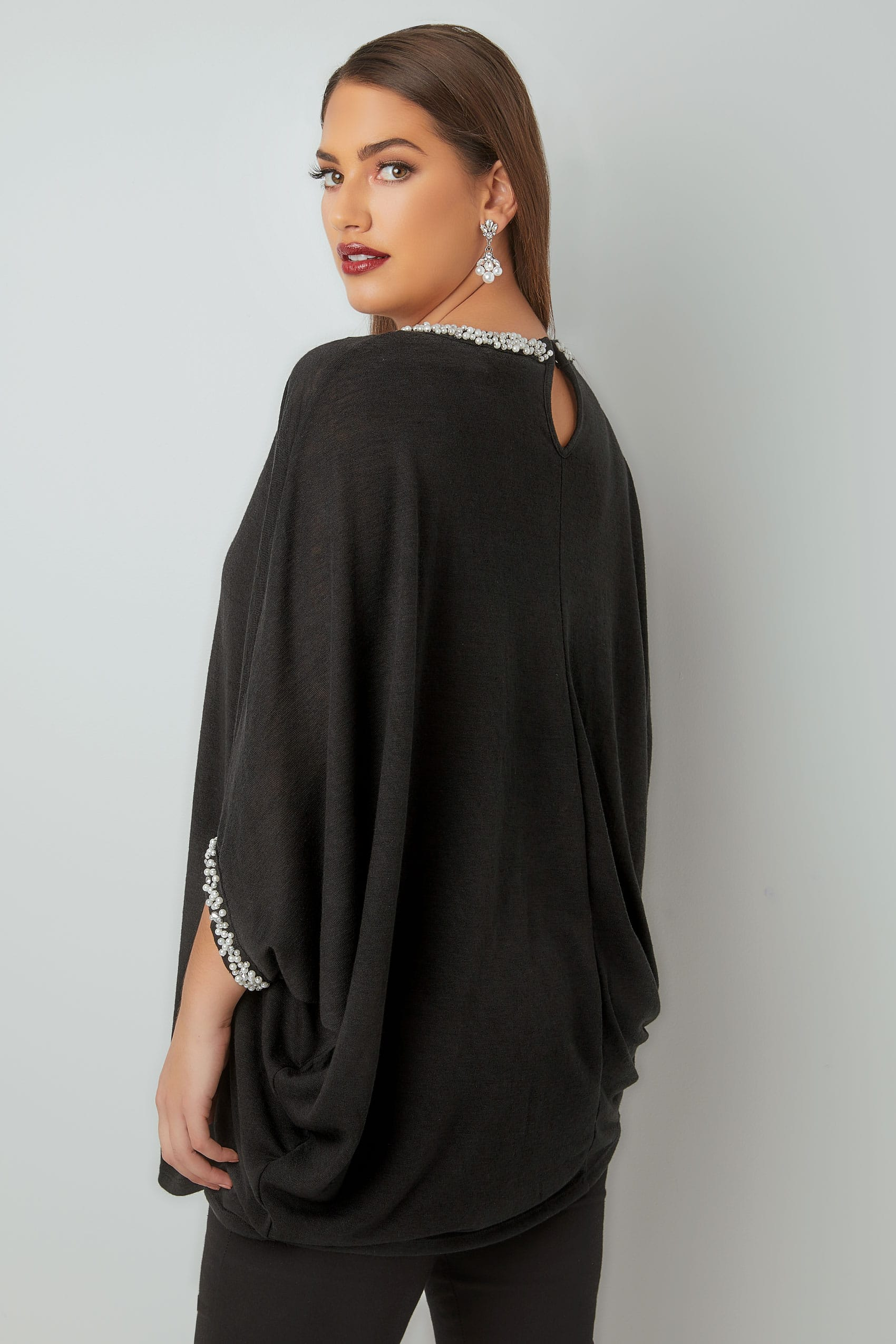 yours london top cape noir en mailles fines avec bordure strass  u0026 perles grandes tailles 16  u00e0 32