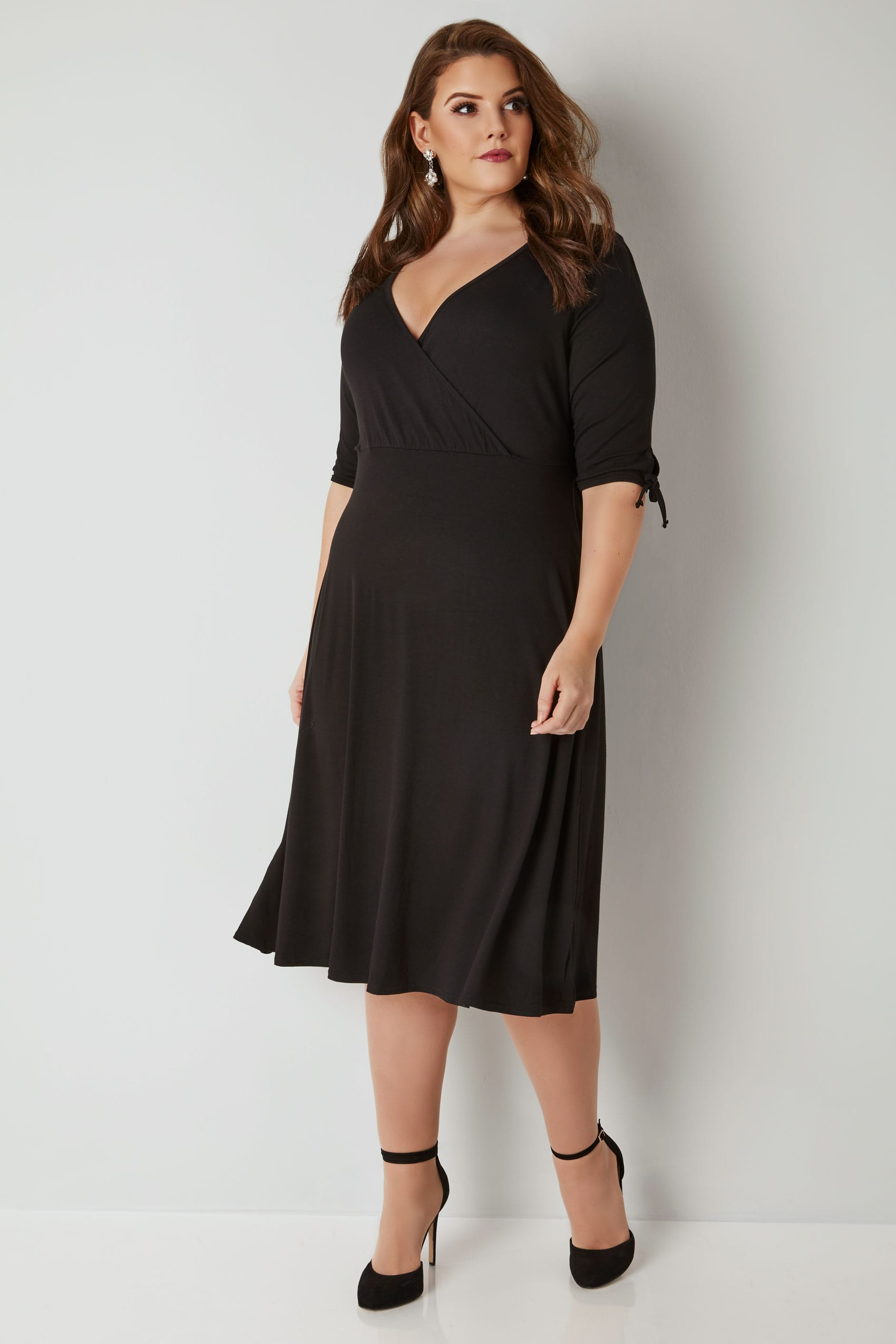 bf2c058235c YOURS LONDON Black Wrap Dress With Tie Sleeves