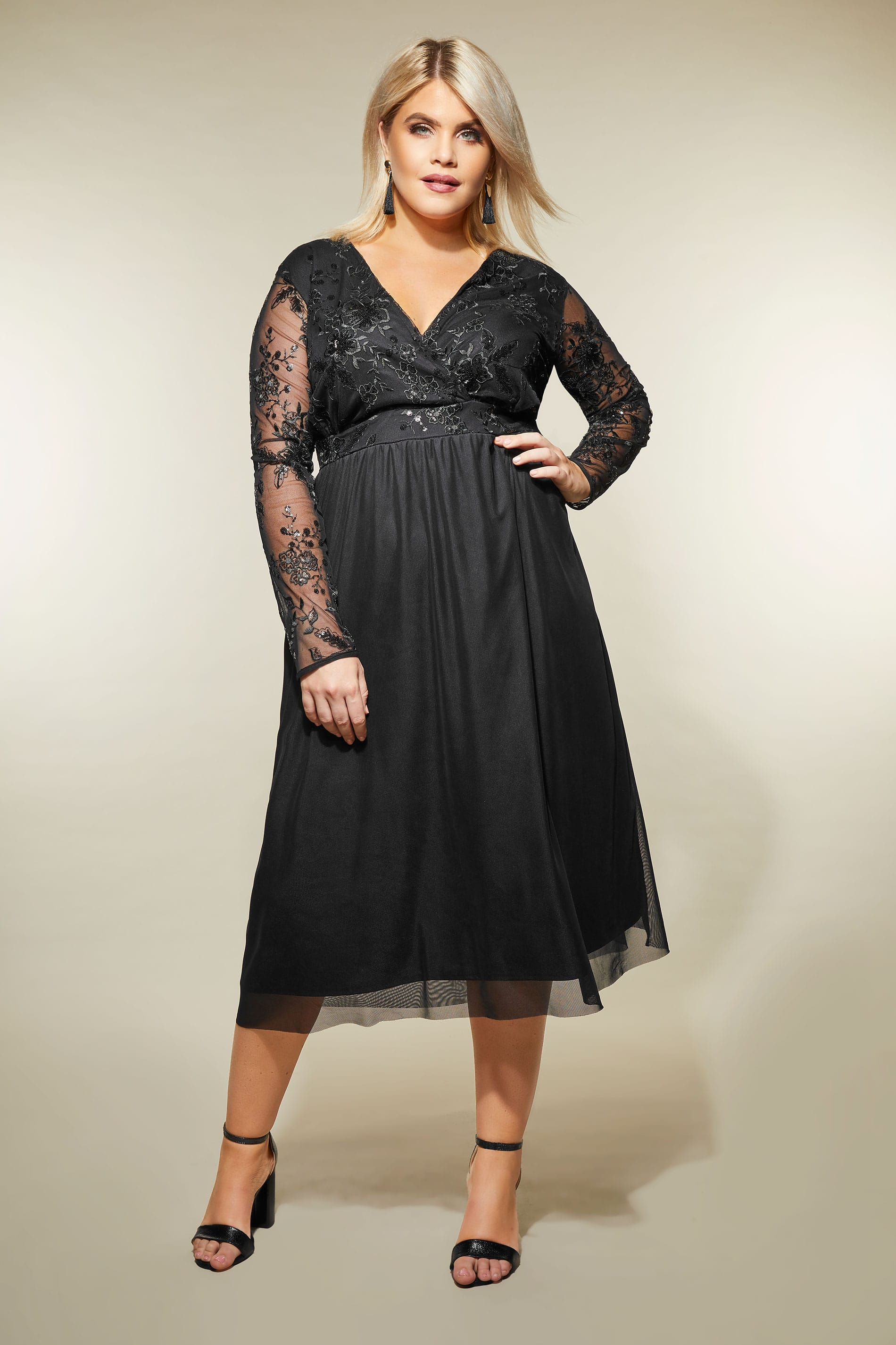 c9b38da5360 YOURS LONDON - Robe Noire Dentelle   Sequins